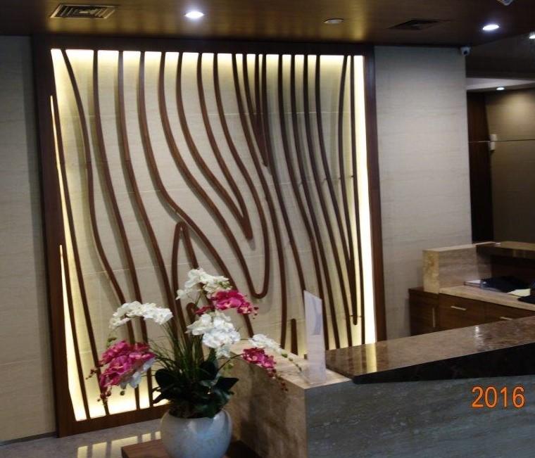 Prime Whiz Hotel Bintang 4 Tampil W0W!!! berkat Dinding3D