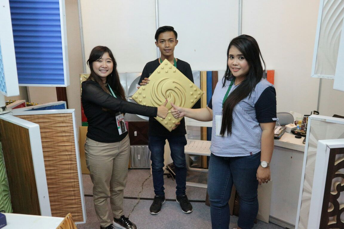 Tim Marketing Dinding3D Surabaya